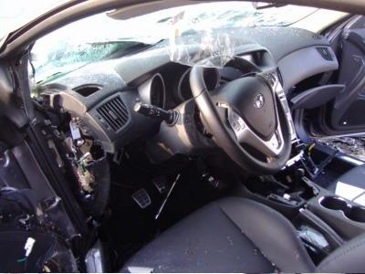 hyundai-genesis-coupe-8-accident.jpg