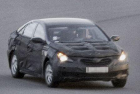 Hyundai Yf Sonata 2010 1