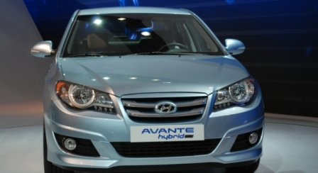 hyundaiavantelpi Hyundai Avante LPi hybrid receives more than 1,000 orders