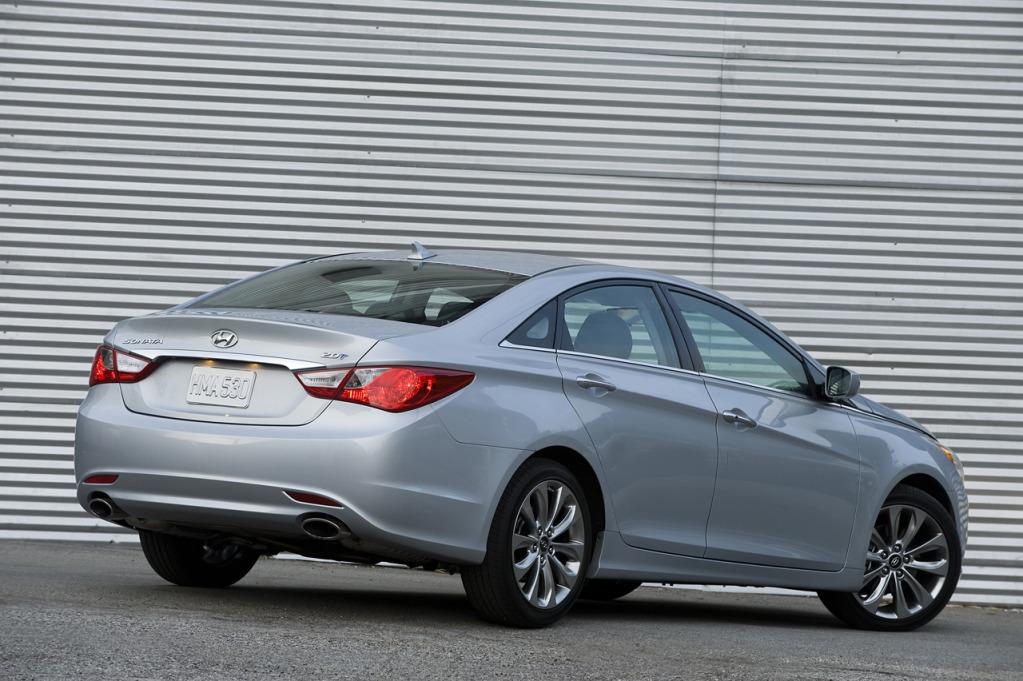 Hyundai Sonata 2011 SE History