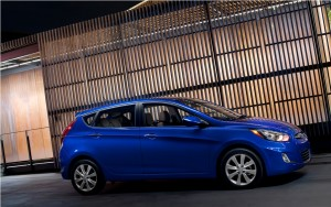 2012 Hyundai Accent 5-Door