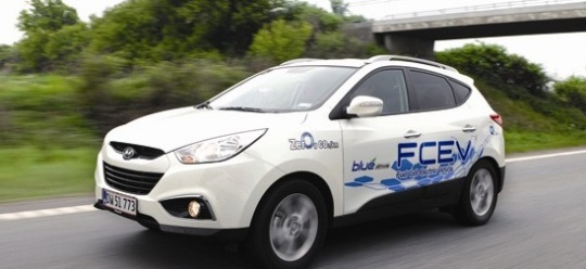 Hyundai Hydrogen Fuel Cell tucson Hyundai To Launch Tucson Fuel Cell Production By 2015