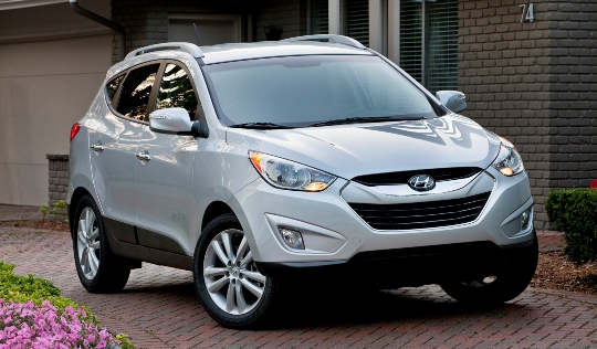 hyundai tucson car insurance 2013 Tucson GL, GLS Ranked Among Least Expensive Vehicles To Insure