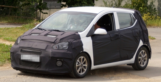 2014 i10 hyundai All New 2014 Hyundai i10 Spotted Testing