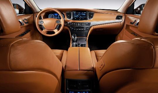 Hyundai-Equus-Hermes-inside