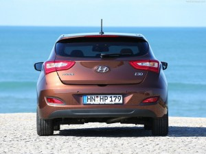 Rear design hyundai i30 300x225 Hyundai i30 3 Door Hatchback Review   New Design Provides Sportier Look