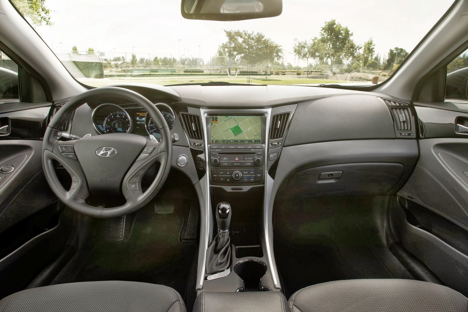 Hyundai Releases 2014 Sonata With Minor Facelift New Features