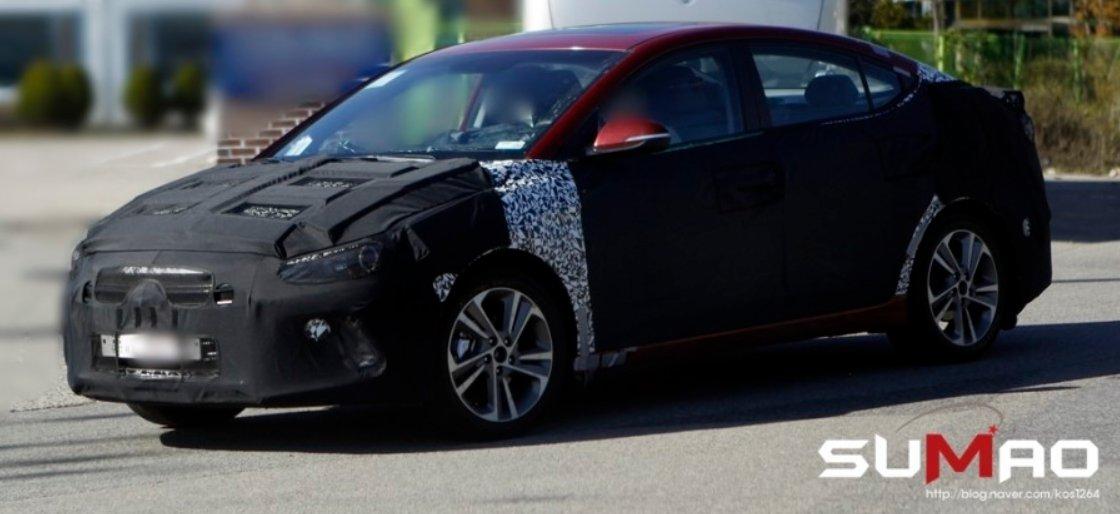 2015 - [Hyundai] Elantra 2016-Elantra-Spy-Shots