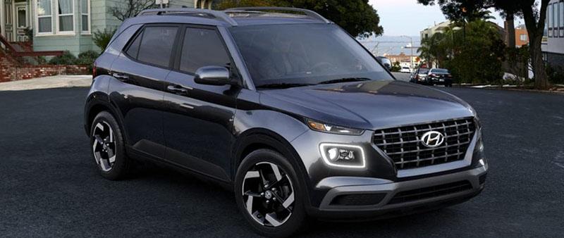 Hyundai Venue Black Noir Pearl color option